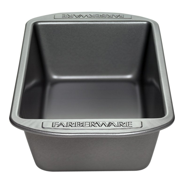 Farberware Loaf Pan Just $5.59! (reg. $12.99)