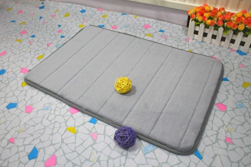 memory foam bath mat in gray
