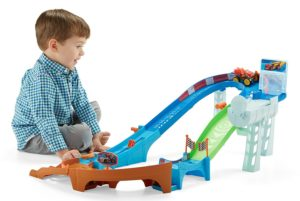 Fisher-Price Blaze and the Monster Machines Flip & Race Speedway only $24.99! (Reg. $39.99)