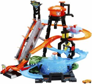 Hot Wheels Ultimate Gator Car Wash Playset was $69.99, NOW $40 Shipped!