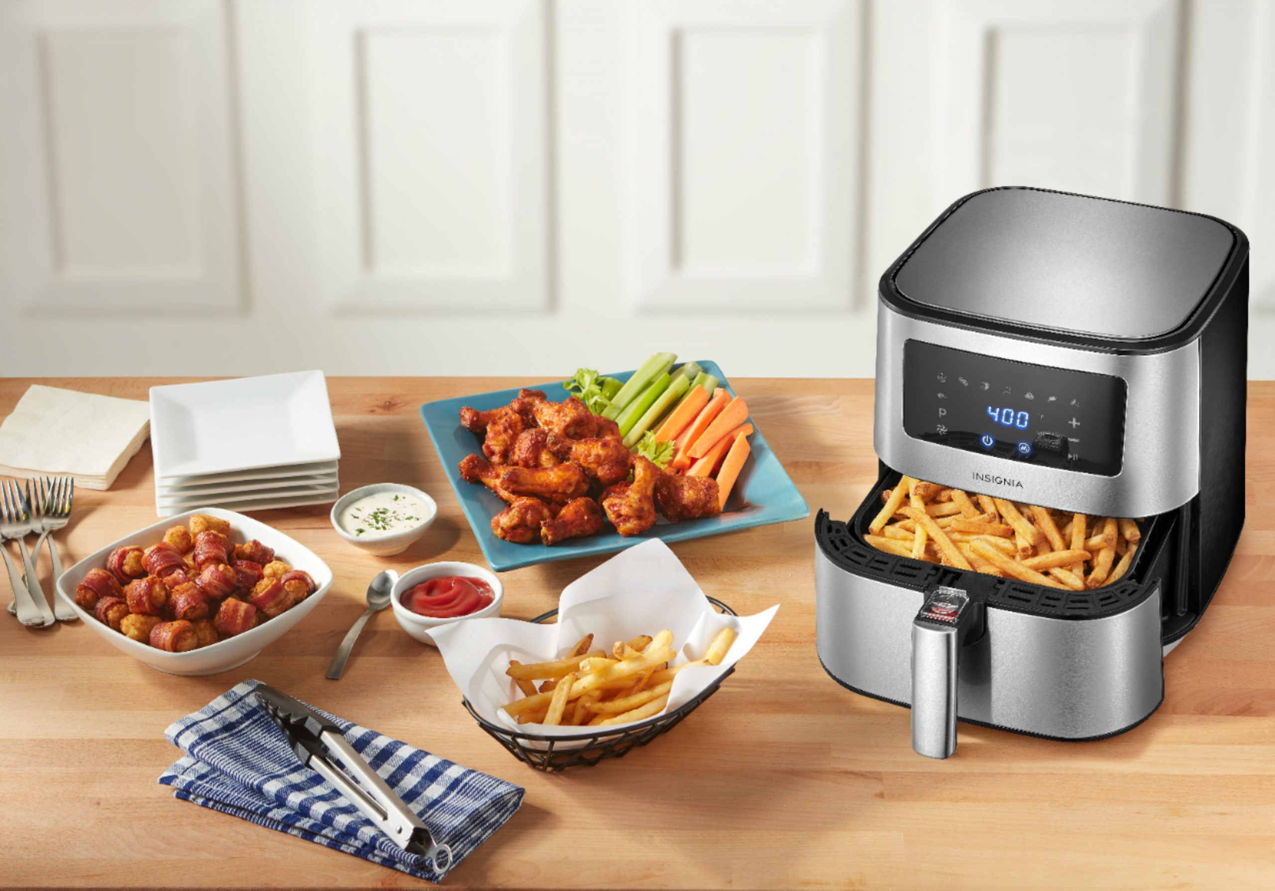 Air Fryer Deals! Insignia 5 Qt. Digital Air Fryer Only $39.99 (Reg. $120)!